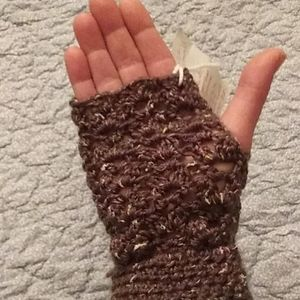 Olive Tweed fingerless gloves with cuff